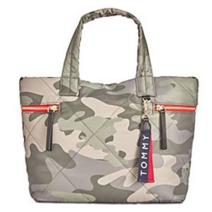Tommy Hilfiger Camo Tote